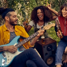 Time to catch up with friends! What better way than with a song and a bottle of crisp cool MGD in your hand 🍻 Are you ready? #itsmillertime